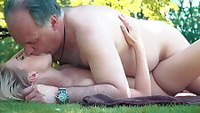 Petite slut girl his ass fucked hard by grandpa on a picnic she blows and swallows him