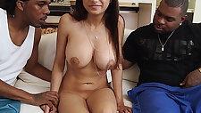 Mia khalifa meets big black cocks