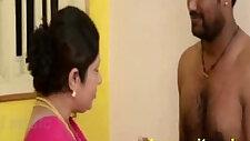 Bibi Tamil Merayu Hamba